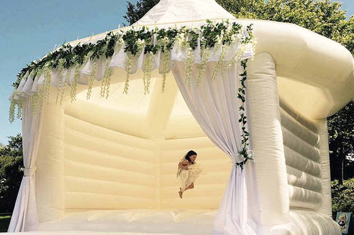 Beautiful & elegant - our White Bouncy Castle for weddings here in Ibiza
